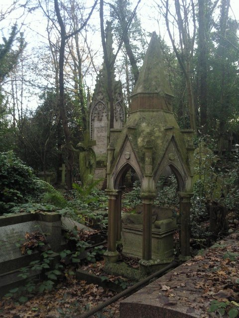 Tombs in Highgate West Cemetery