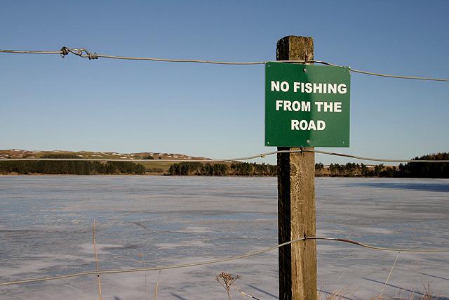 A sign at Alemoor Reservoir