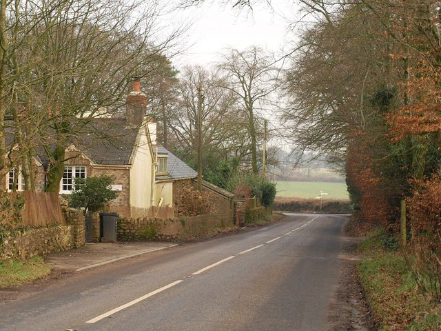 Road past Hemyock Place