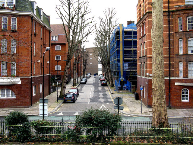 Bethnal Green:  Navarre Street from Arnold Circus