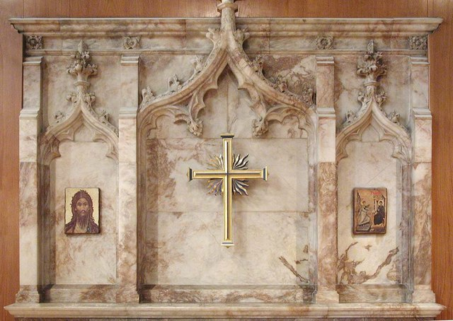 St James the Less, Sussex Gardens, London W2 - Reredos