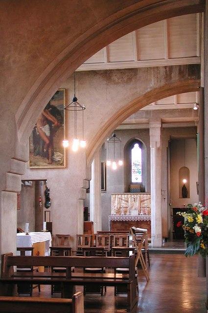 St Mary, Kenton Road, Harrow - Interior