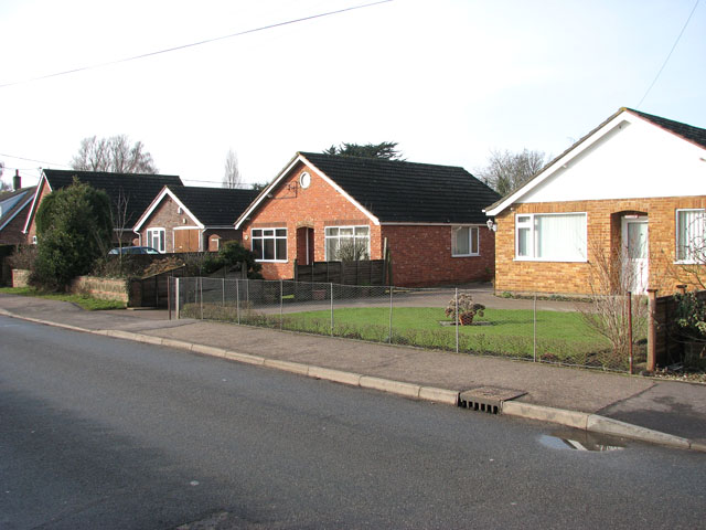 Bungalows in School Lane