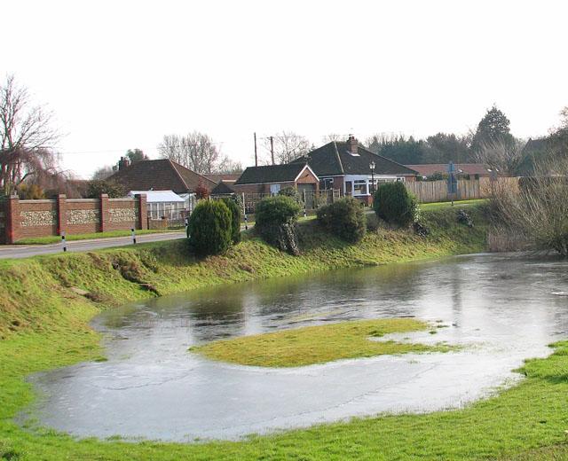Bungalows in Green Lane