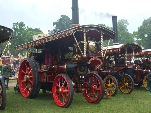A beautiful showman engine at Strumpshaw