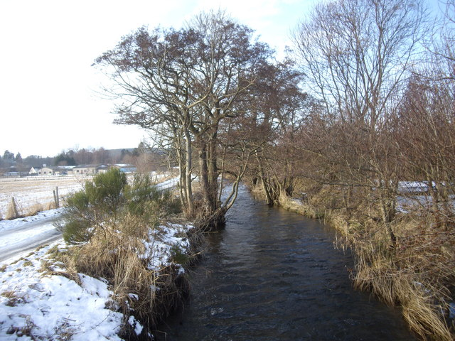 Tarland Burn in winter (1)