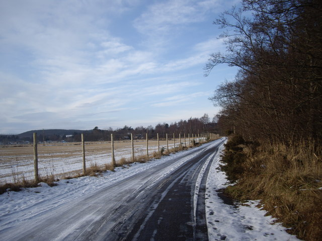 Road from Aboyne water treatment plant