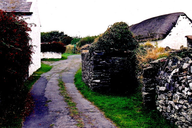 Cregneash Village - Lane, ruins, The Karran Farm