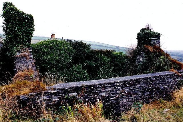 Cregneash Village - Ruins south of Cregneash Road