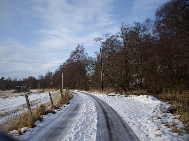 Minor road from Aboyne sewage farm