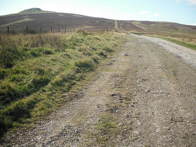 Road over Penchrise Pen