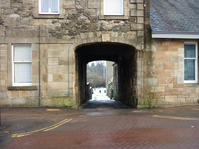 Archwayed Entrance, The Wynd