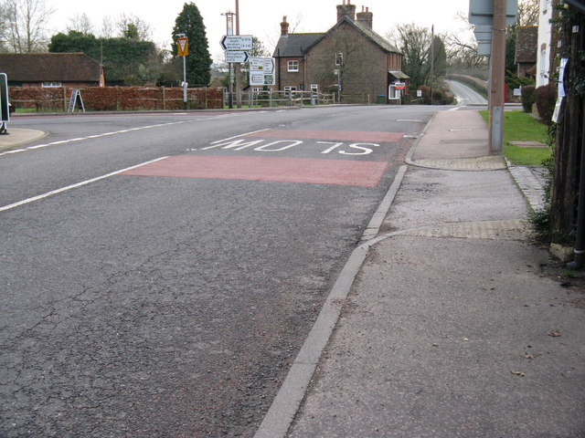 Offset crossroads in Coolham