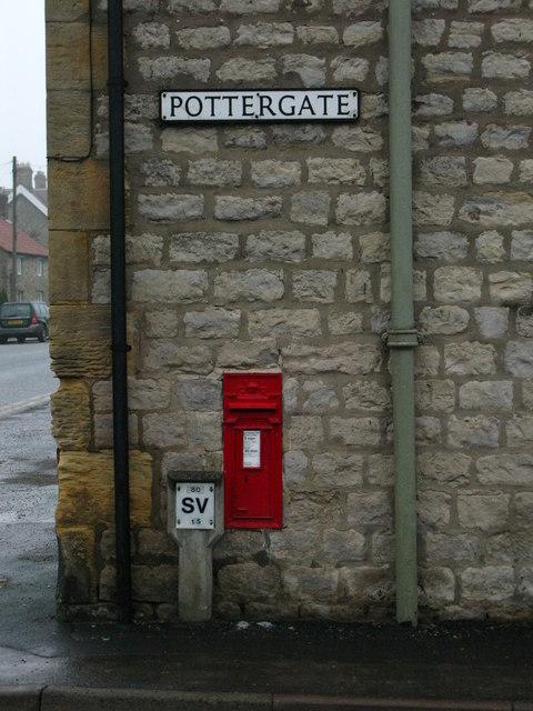 GR Postbox, Helmsley