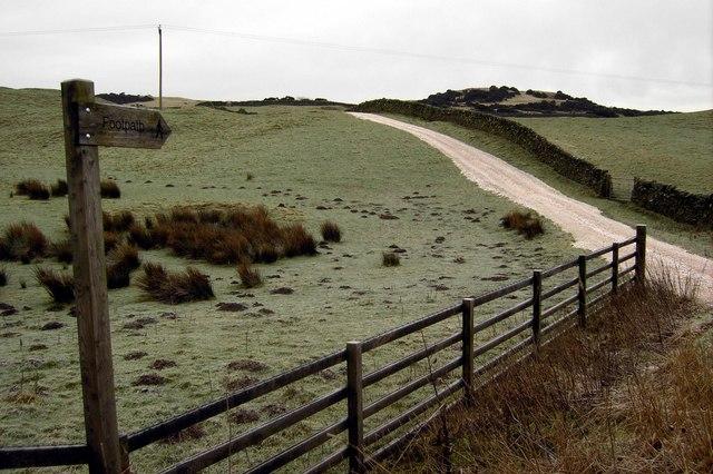 Public Footpath to Newlaw Hill