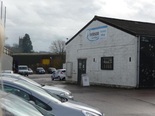 Tiverton : Riverside Furniture Factory Shop
