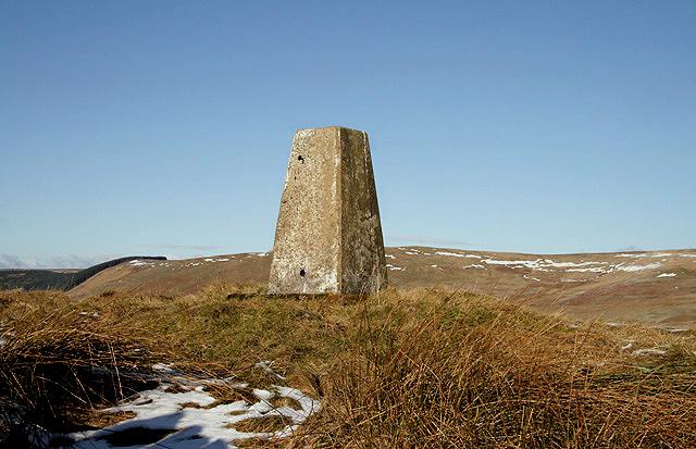 A triangulation pillar at 346m