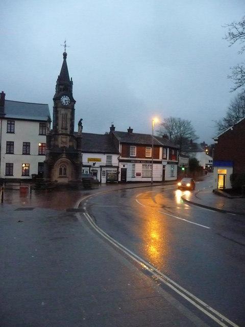 Tiverton : Lowman Green Clock Tower & Bridge Street