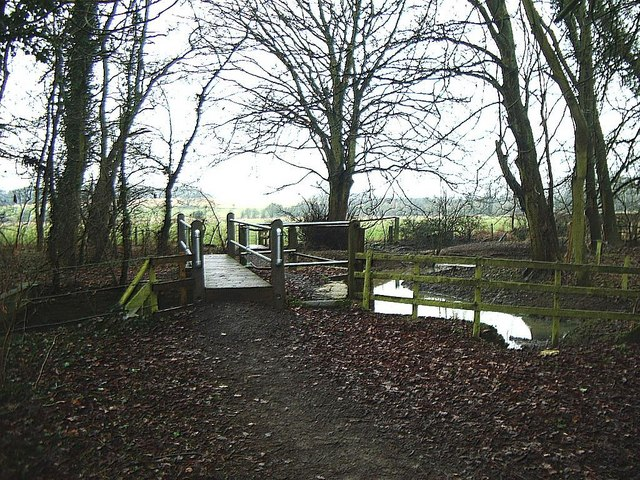 Footbridge across River Swift