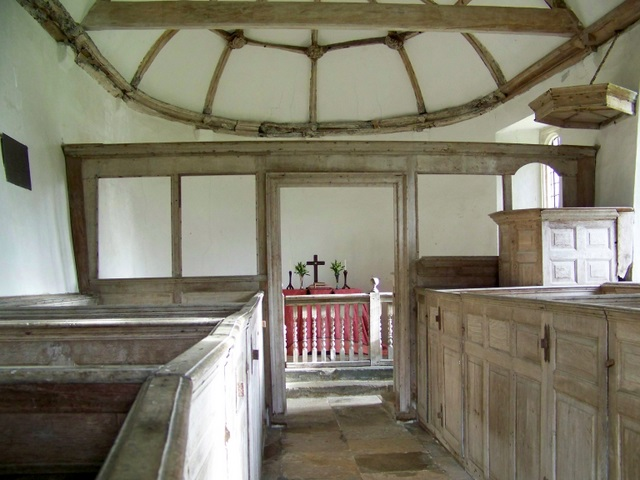 Interior, St  Andrew's Church, Winterborne Tomson
