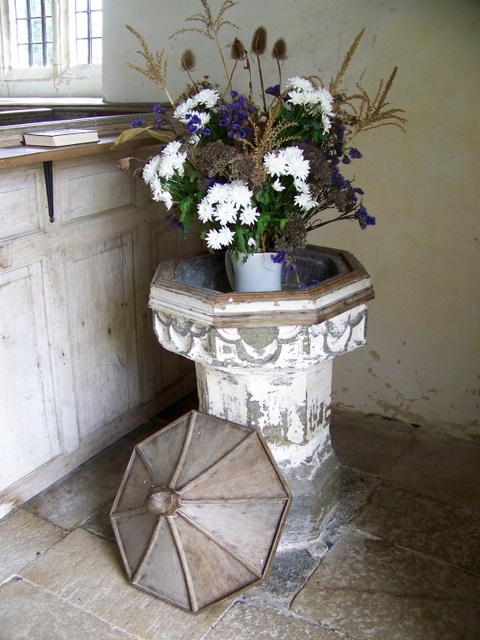 Font, St  Andrew's Church, Winterborne Tomson