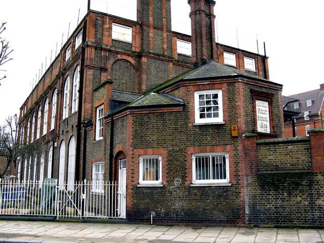 Bethnal Green:  Rochelle Street School, Arnold Circus