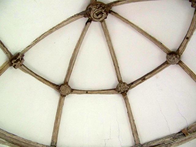 Interior, St  Andrew's Church, Winterborne Tomson