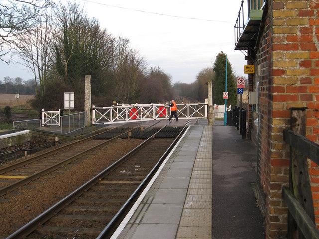 Dullingham Station level crossing