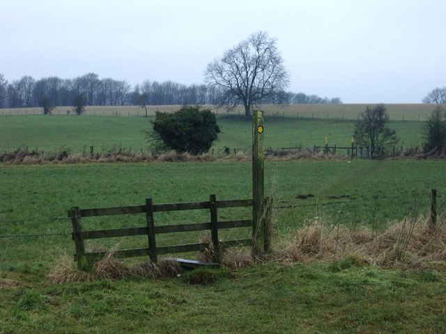 Field paths and stiles, near M1, Lutterworth