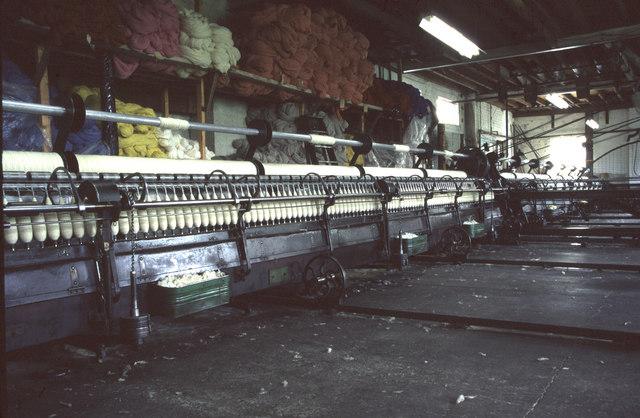 Spinning mules, Brynkir Woollen Mill