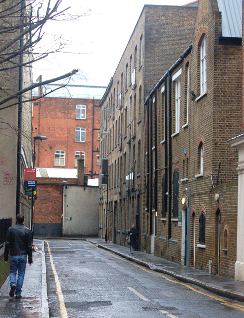 Looking north along Dingley Place, London EC1