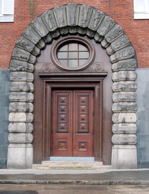 Doorway on Dingley Street, London EC1