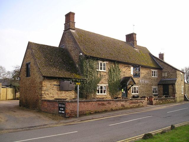 The White Horse Pub Kings Sutton