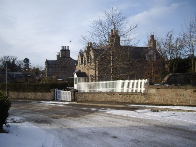 Houses on Old Ballater Road