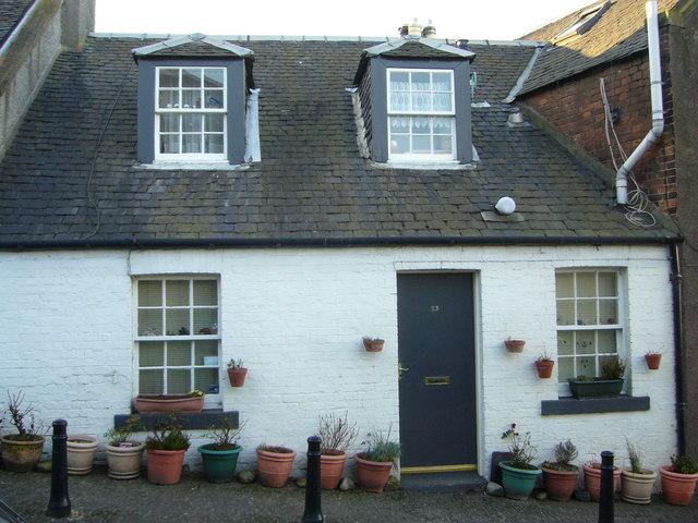 Wardie Square cottage