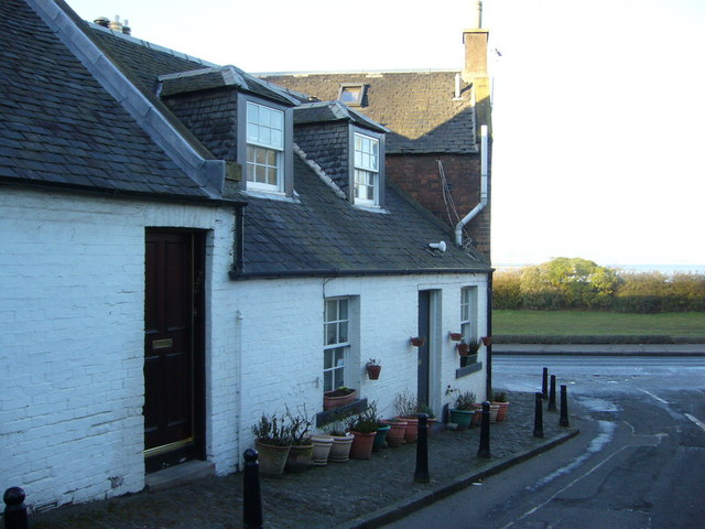 Wardie Square cottages