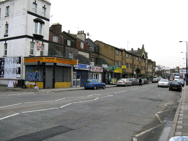 Haggerston:  Hackney Road, south side