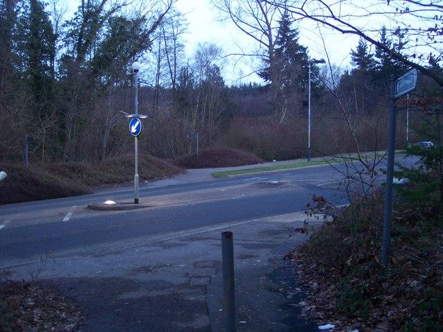 Home Farm Lane footpath crosses Knights Way