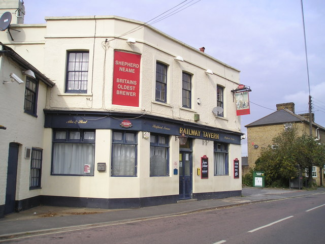 The Railway Tavern Pub, Lower Higham