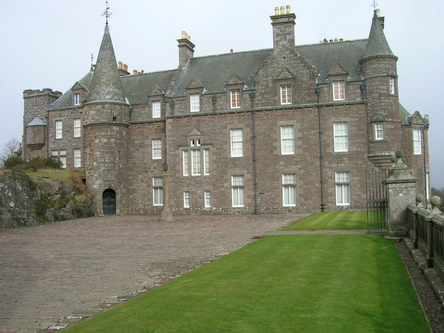 Drummond Castle (The Mansion)