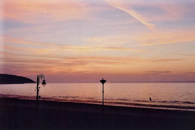 Douglas - Central Promenade - Douglas Bay sunrise
