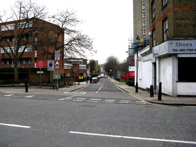 Haggerston:  Ravenscroft Street