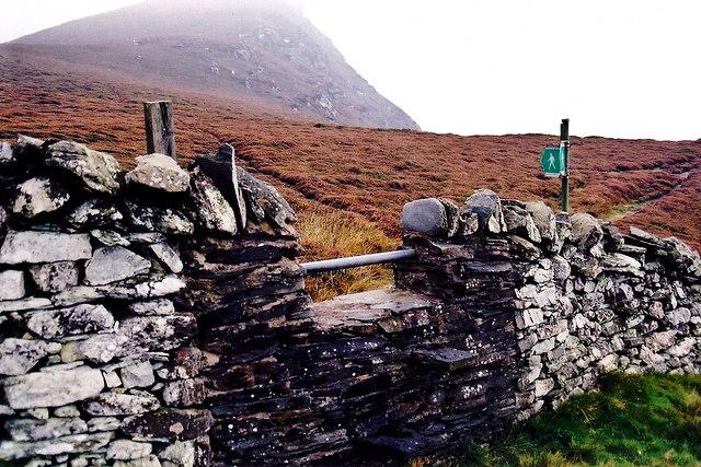 The Sloc - Raad ny Foillan wall crossing at The Stacks