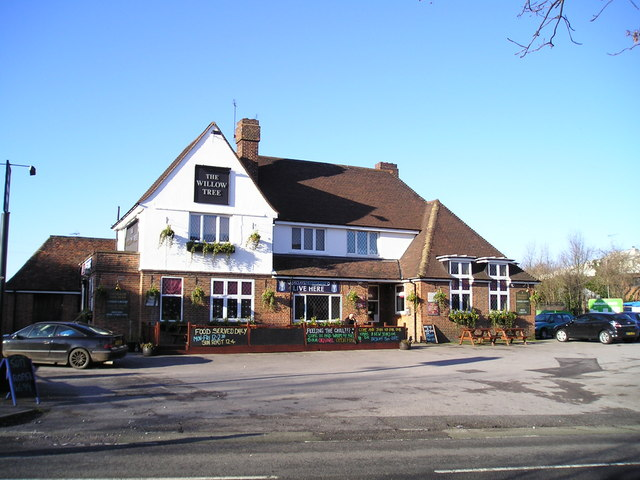 The Willow Tree Pub, Langley