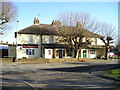 TQ0079 : The Chestnuts Pub, Langley by canalandriversidepubs co uk