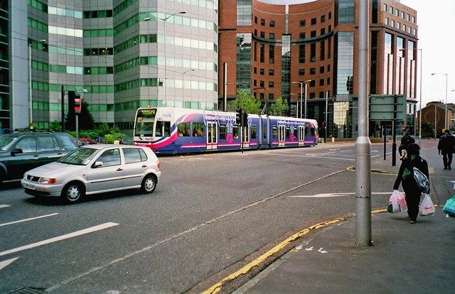 Tramlink tram no. 2550 in First Group livery in Wellesley Road