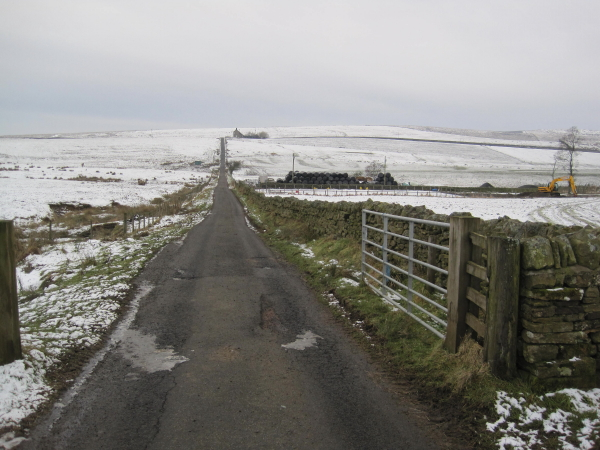 Road from Hareshaw House to Keepers Cottage