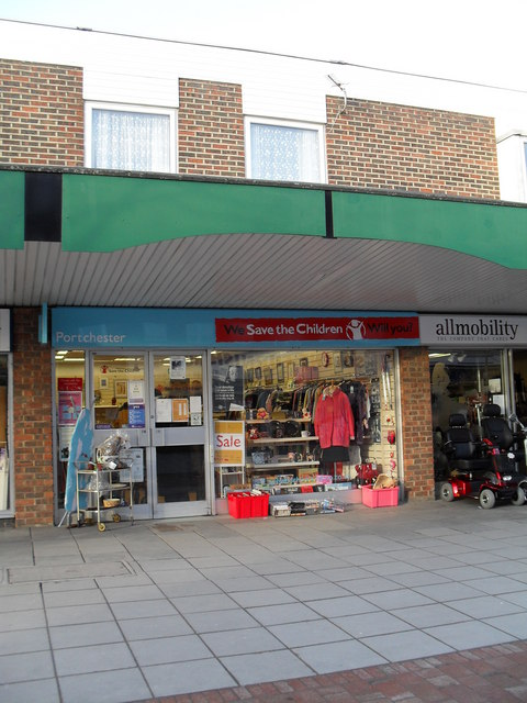 Charity shop in Portchester Precinct (4)
