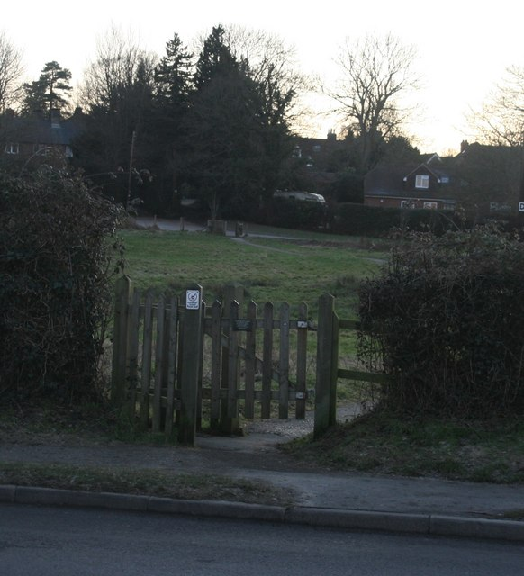 Kissing gate, Castlefields, Hartfield