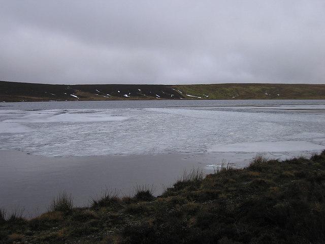 Ice floating on Glaslyn